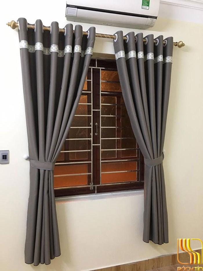 Màn cửa phòng khách chống nắng màu xám tại Đà Nắng