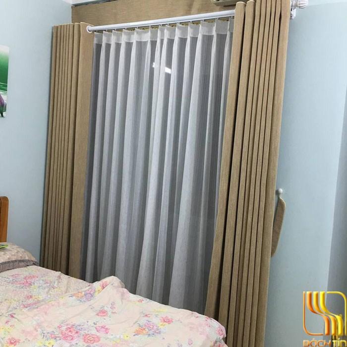 Rèm cửa phòng ngủ vàng trơn tại Đà Nắng
