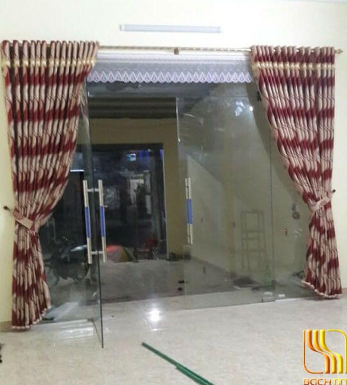 rèm cửa sổ hoa lượn sóng bắt mắt ở Đà Nẵng