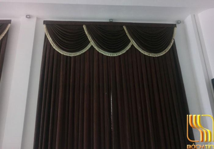 Rèm cửa trơn màu nâu tân cô điển tại Đà Nẵng