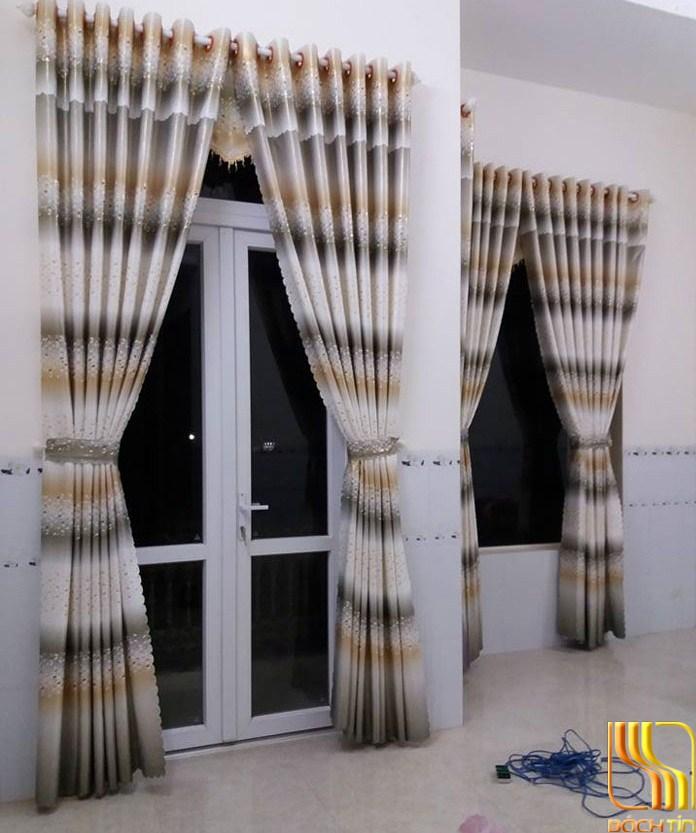 Rèm vải hoa cỏ tại Đà Nẵng
