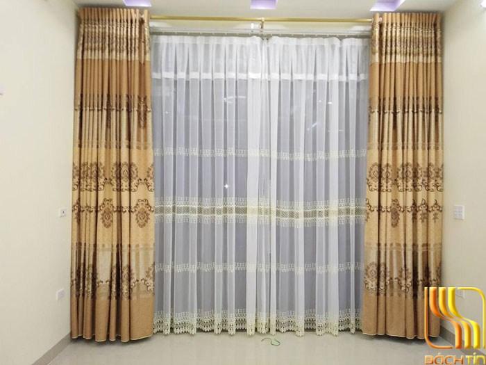 rèm cửa hai da in hoa đẹp màu nâu vàng ở Đà Nẵng
