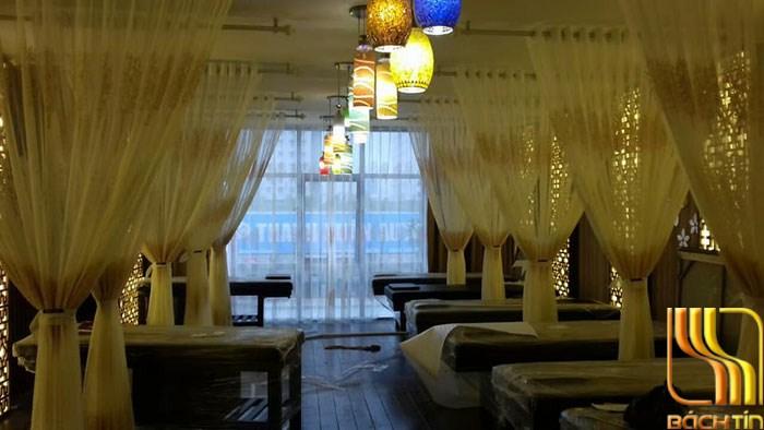 rèm von hoa mỏng ngăn giường spa tại Đà Nẵng