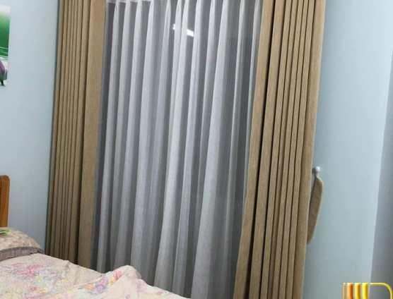 Rèm cửa phòng ngủ vàng trơn tại Đà Nẵng