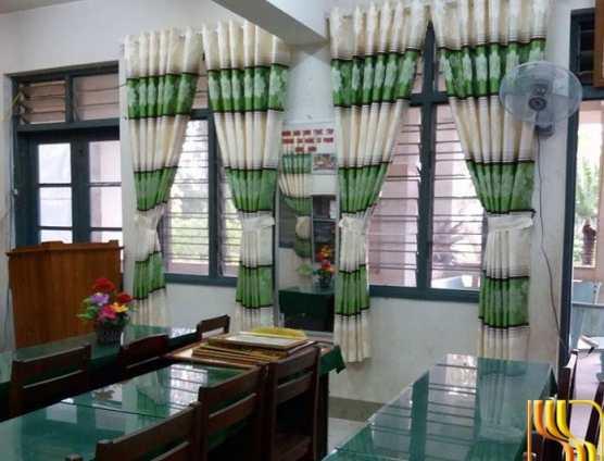 Rèm cửa sổ sọc ngang màu xanh tại Đà Nẵng