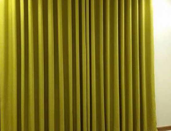 rèm vải màu vàng chanh lắp phòng ngủ trung cư tại Đà Nẵng