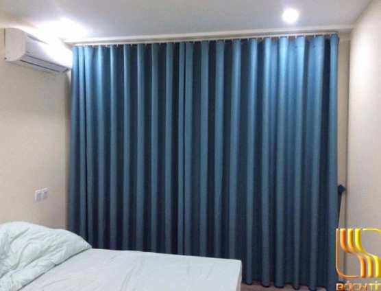 rèm vải màu xanh lắp ray định hình tạo ống đẹp ở Đà Nẵng