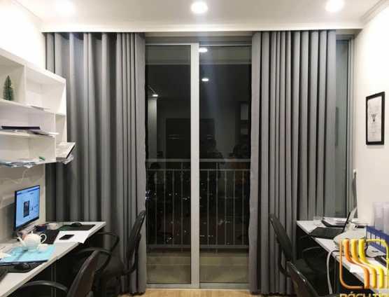 Rèm vải phòng khách chung cư màu xám tại Đà Nẵng