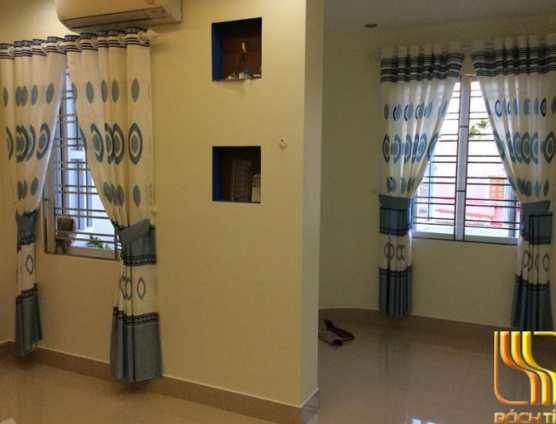 rèm vải phòng ngủ in hoa màu xanh sống động tại Đà Nẵng
